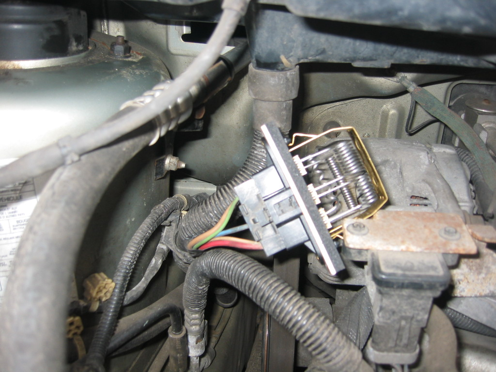 dodge grand caravan blower motor resistor location